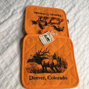 Denver Colorado Hot Pads Oven Moose Horses NWT (FF